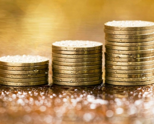 moedas de ouro empilhadas